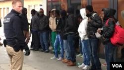 德国警察收押从意大利乘火车赴北欧难民