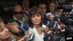 Patricia Bullrich devant les journalistes à Buenos Aires, le 26 janvier 2018.
