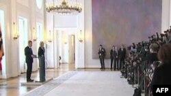 Merkel do të kërkojë president konsensual për të mënjanuar vakumin