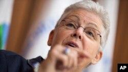 La administradora de EPA, Gina McCarthy, presentó el informe sobre el calentamiento global en anticipación a la cumbre de París.