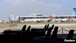 Pesawat nirawak AS ScanEagle di hangarnya, sebelum upacara serah terima dari Angkatan Udara AS ke Angkatan Udara Filipina di Pangkalan Militer Villamor, Pasay city, Metro Manila, Filipina, 13 Maret 2018. (Foto: dok).