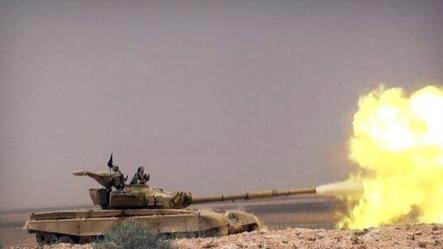 伊斯兰国激进组织的网站2015年5月20日发放这张照片,显示伊斯兰国的一辆坦克在与叙利亚政府军作战