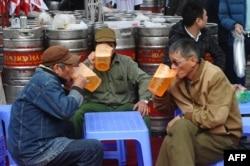 Lái xe sau khi uống rượu bia là nguyên nhân gây ra nhiều tan nạn ở Việt Nam