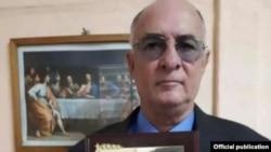အလြတ္သတင္းေထာက္ Roberto de Jesús Quiñones