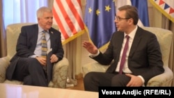Predsednik Srbije Aleksandar Vučić i ambasador SAD u Srbiji Kajl Skot, arhivska fotografija: Vesna Anđić (RSE)
