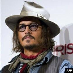 Johnny Depp, The Tourist filminin tanıtımında