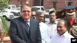 مسافرت وزیر دفاع افغانستان به هند