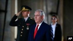 Türkiye ziyaretini tamamlayan ABD Dışişleri Bakanı Tillerson, Brüksel'de NATO Dışişleri Bakanları Toplantısı'na katılacak.