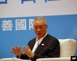 """台湾行政院长吴敦义10月17日在""""友善国际""""记者会上"""