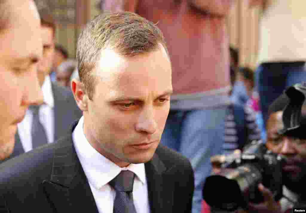 Oscar Pistorius outside the North Gauteng High Court in Pretoria, April 10, 2014.