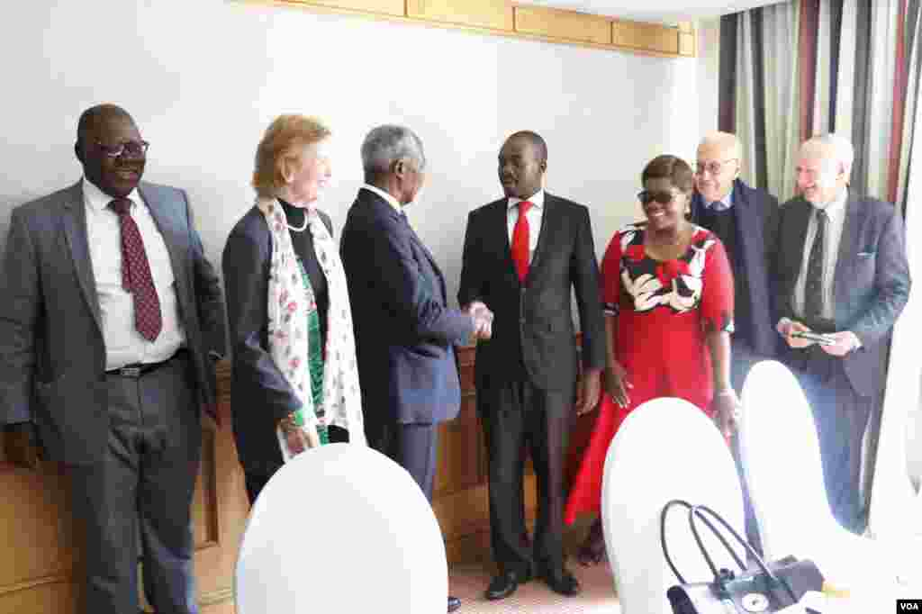 "Former U.N. secretary general Kofi Annan with Nelson Chamisa, leader of the main opposition party, the Movement for Democratic Change Alliance in Harare, July 20, 2018. He is accompanied ""The Elders"" group members Mary Robinson, the former president of Ir"
