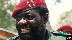 Jonas Savimbi, presidente da UNITA, morto em 2002