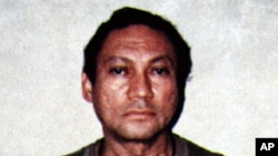 Former Panamanian dictator Manuel Noriega is pictured in this January 4,1990 file photo.