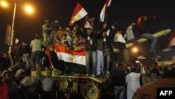 Mısır'da Demokrasiye Geçiş Uzun Sürebilir