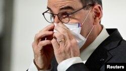 Прем'єр-міністр Франції Жан Кастек знову оголосив ужорсточення карантину через нове зростання пандемії. 18 березня 2021 р.