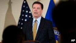 James Comey dipecat dari jabatan Direktur FBI (foto: dok). Pasar saham AS goyah pasca pemecatan Comey pekan lalu.