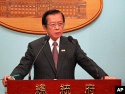 外交部长杨进添回答记者提问