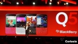 Thorsten Heins, director ejecutivo del BlackBerry, hizo el anuncio del nuevo aparato desde Orlando, Florida.
