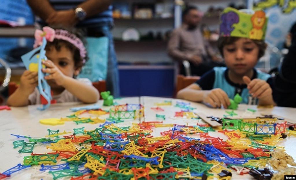 جشنواره ملی بازی و اسباببازی در کانون پرورش فکری کودکان و نوجوانان در حال برگزاری است. عکس: مسعود شهرستانی