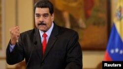 Presiden Nicolas Maduro mencalonkan diri untuk masa jabatan enam tahun kedua (foto: dok).