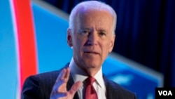 Wapres AS Joe Biden meminta Rusia mematuhi persetujuan untuk meredakan krisis di Ukraina, hari Selasa (22/4).