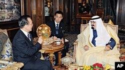 沙特國王阿卜杜拉1月15日在利雅得會見中國總理溫家寶