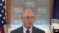 State Department Spokesman P.J. Crowley (file photo)