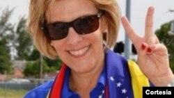 La periodista Nitu Pérez Osuna ha sido crítica a los gobiernos de Chávez y Maduro.