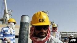 ირანი ორმუზის სრუტის დაკეტვით იმუქრება