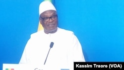 Le président malien Ibrahim Boubacar Keita, Gao, Mali, le 19 mai 2017. (VOA/Kassim Traore)