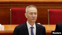 中國國家發展和改革委員會副主任劉鶴2018年3月5日在北京人民大會堂出席全國人大開幕式。