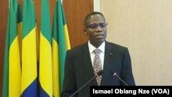 Lambert Noël Matha, ministre gabonais de l'Intérieur, le 27 janvier 2020. (VOA/Ismael Obiang Nze)