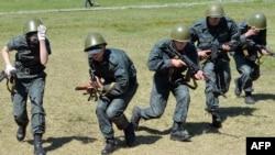 Regruti ukrajinske Nacionalne garde na obuci u okolini Kijeva