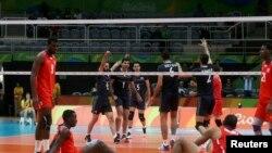 پیروزی تیم والیبال ایران مقابل کوبا