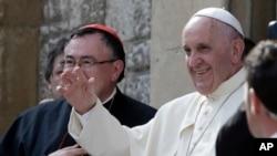 Le pape François devrait mettre l'accent sur le risque de destruc