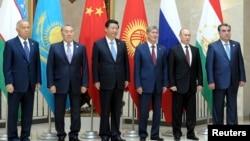 上海合作组织成员国领导人在2013年峰会上