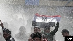 Египет: улица против президента