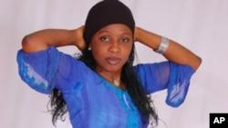 Mawakiya, kuma jarumar fina-finan Hausa, Sakna Gadaz