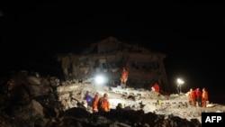 Depremde Ölü Sayısı 520'yi Aştı