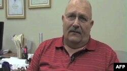 Arči Mekdonald, profesor istorije na univerzitetu Stiven Osten u Nakadočesu