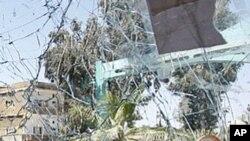 시리아 다라 시에서 9일 폭탄 공격을 받은 유엔 휴전 감시단 호송 차량.