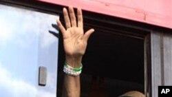 新當選的利比里亞總統瑟利夫承諾會在新政府中容納她的競爭對手。