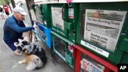Los nuevos medios digitales han desplazado del mercado a muchas publicaciones periódicas impresas.