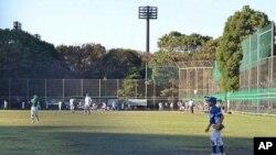 孩子们在东京江户川区打棒球的场地附近的树丛被发现为放射线热点区