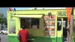 Kutcher-Demi Moore dan Komodo Food Truck - Liputan Pop News