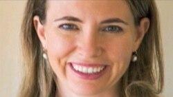 پزشکان: نماینده مجروح کنگره به همسرش لبخند زد