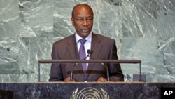 Guinea's President Alpha Cond� addresses the 66th United Nations General Assembly at the U.N. headquarters, in New York, September 23, 2011.