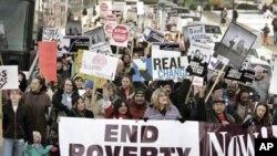빈곤퇴치 정책을 요구하는 미국 시위대 (자료사진)