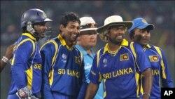 انگلینڈ کو ہرا کر سری لنکا سیمی فائنل میں پہنچ گیا