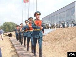 8月举行的俄罗斯国际军事比赛活动中的俄军仪仗兵。
